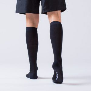compression-sock-black-merino-4